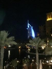 Dubai la Vela