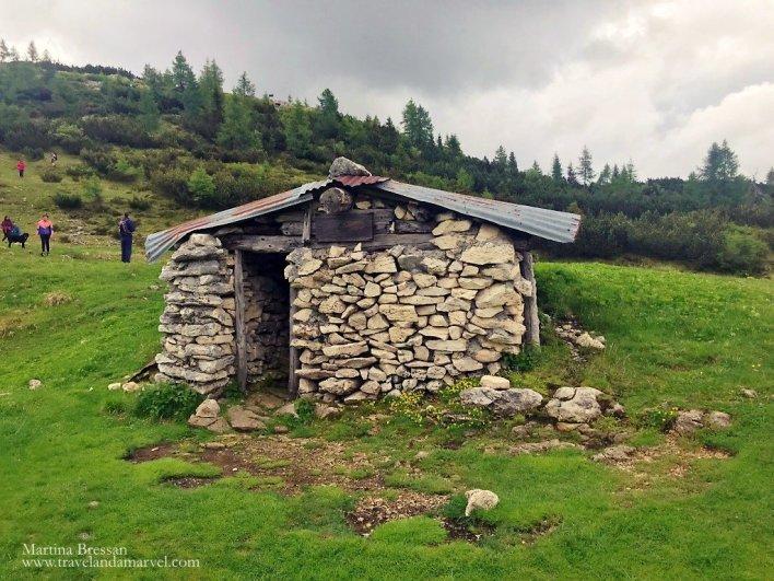 Escursione sul Monte Ortigara: baito Ortigara