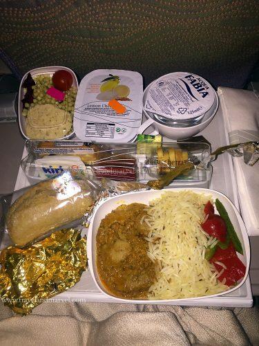 mangiare in aereo Emirates