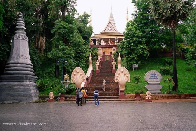 Phnom Penh Wat Phnom tempio