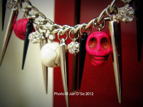 Skull  necklace by