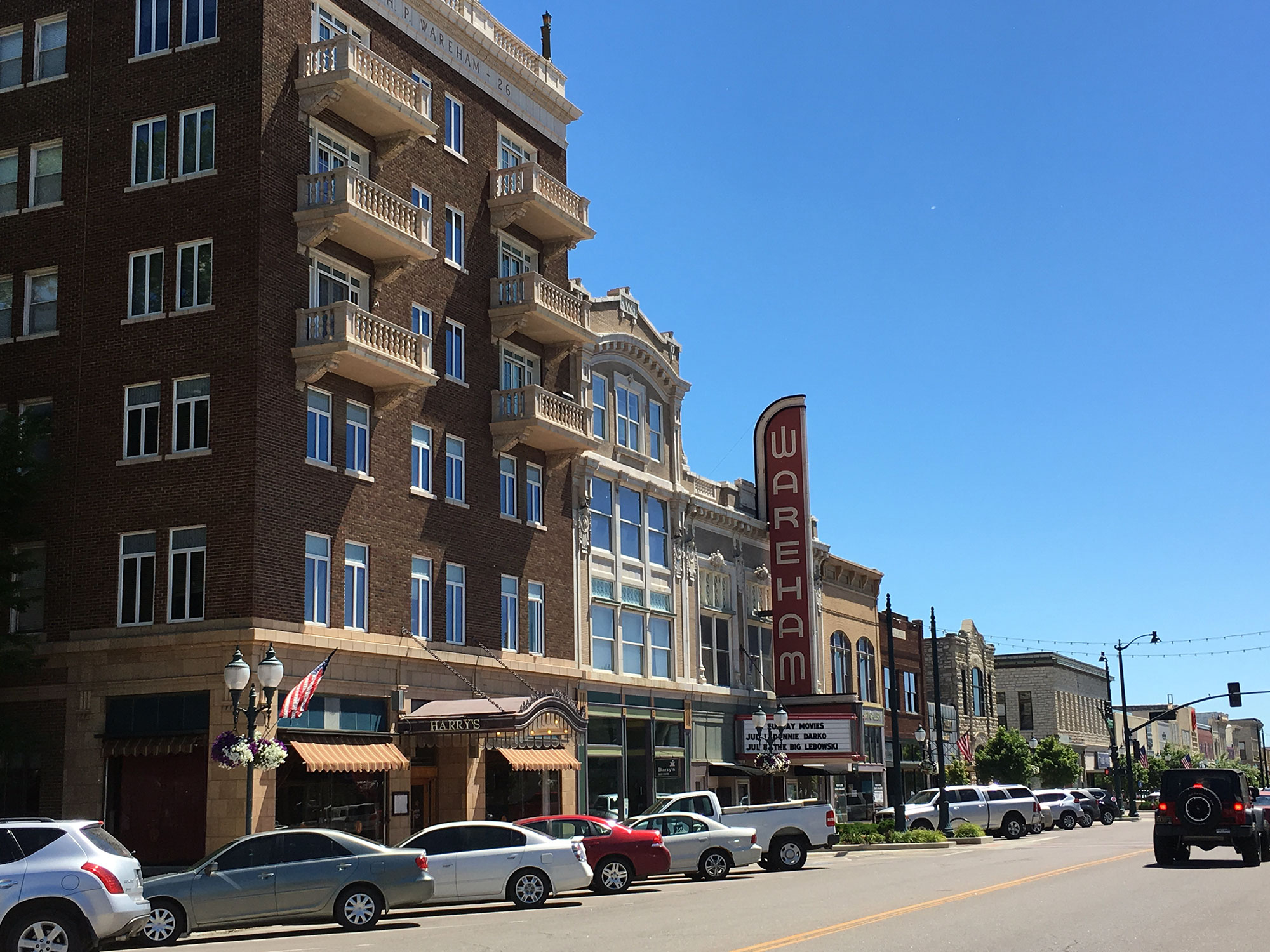 Manhattan Kansas 10 Places To Discover At The Gateway To The