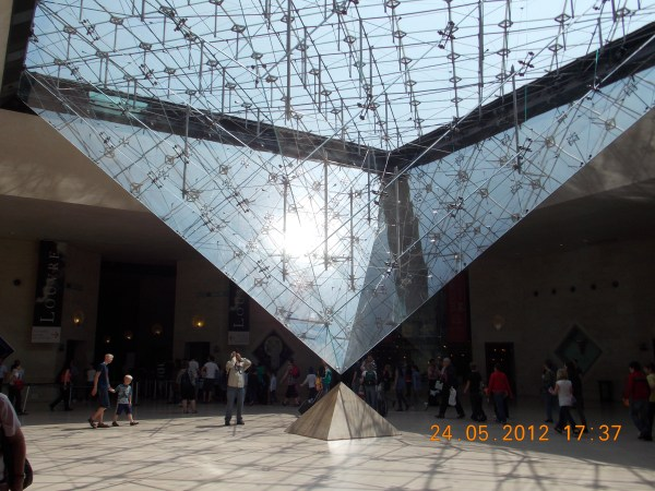 Personified Parisian .musee Du Louvre Travelat21