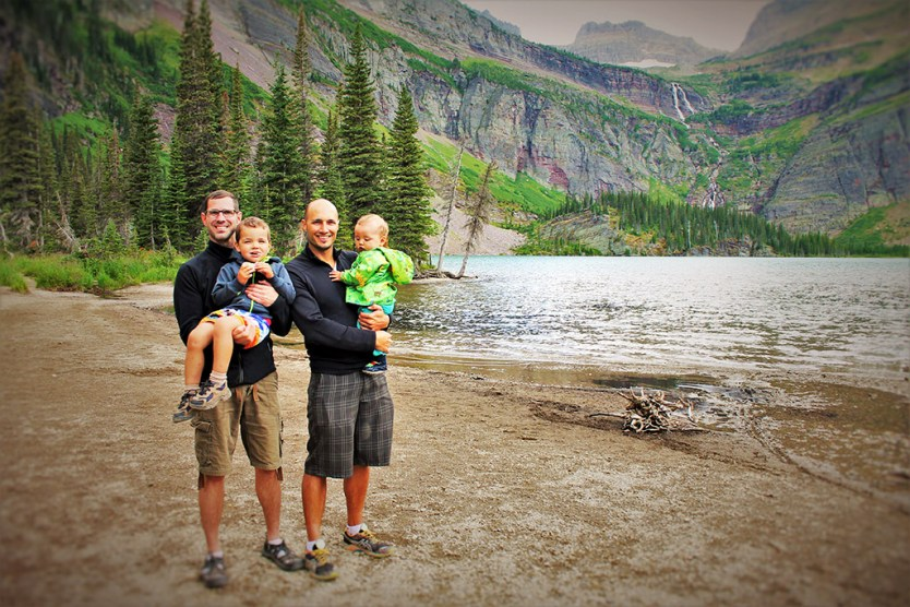 2 Travel Dads and the family in Montana