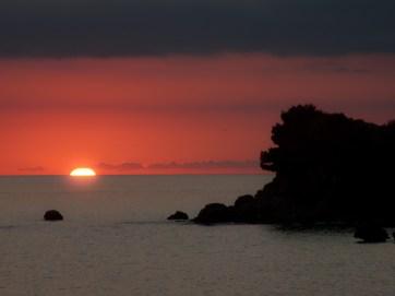 Zachód słońca w drodze powrotnej do Petrovac