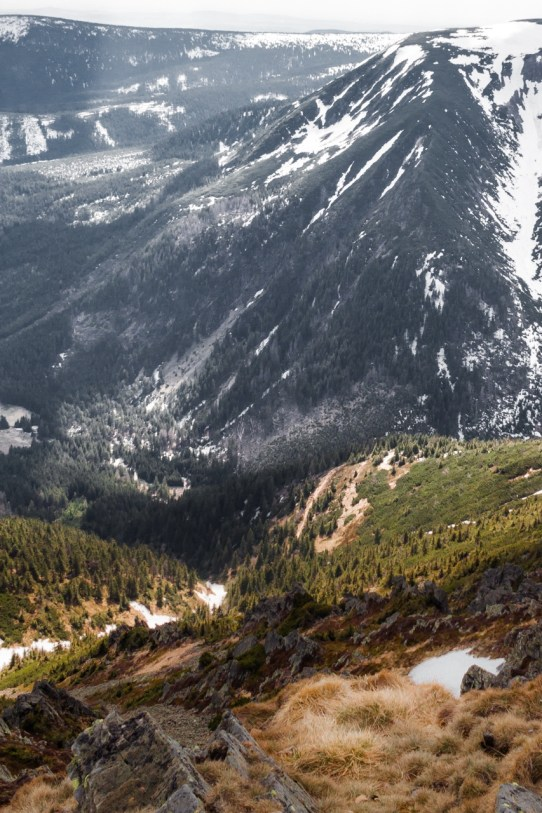 Widok w stronę Pecu pod Śnieżką