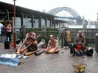 Artiști aborigeni