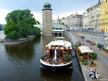 Canale pe Vltava