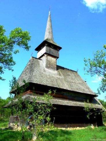 Biserica veche din Bârsana