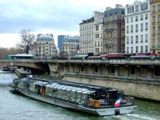 Croazieră pe Sena