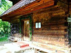 Biserici vechi din lemn