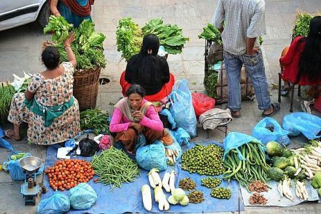 Piaţă volantă în Durbar Square, Kathmandu