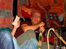 Seară turcească cu shisha și meci