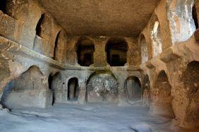 Biserica sculptată din Selime