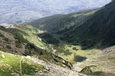 Lacul Iezer din Rodna are forma României