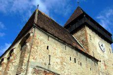 Cetatea restaurată din Axente Sever