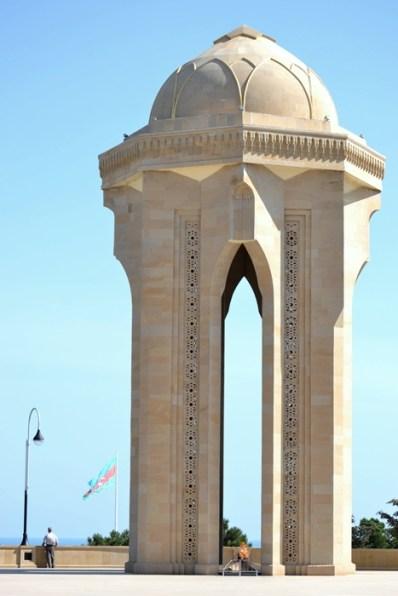 Monumentul martirilor