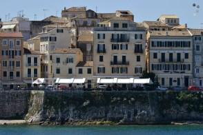 Locuințe la malul mării