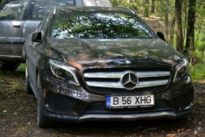 Mercedes Benz GLA 220