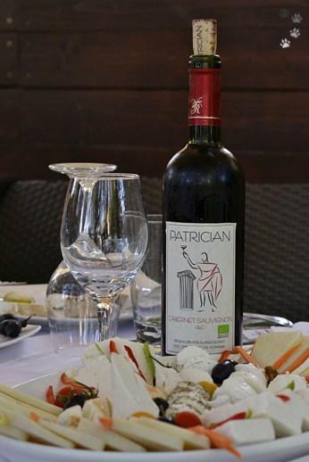 Specialități și un vin dobrogean excelent