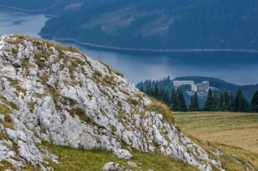 Lacul Vidra și complexul neterminat