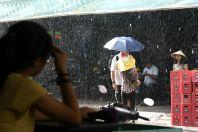 Ploaie pe Bùi Viện