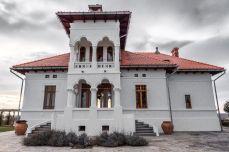 Vila Dobrușa, Drăgășani