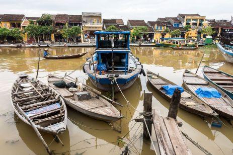 Pe canale în Hội An