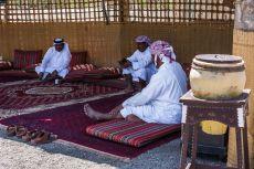 Arabii la un ceai