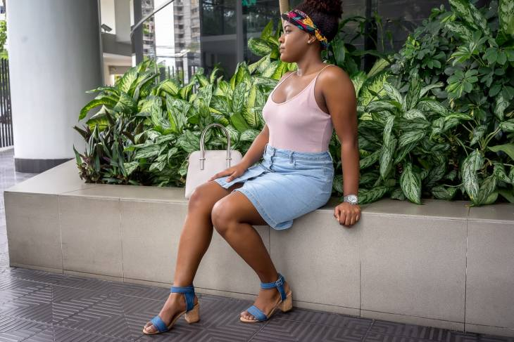 How To Be Comfortable And Stylish At The Same Time | Button-up Denim Skirt | Jeans Skirt | Summer Fashion Trends | Travel Beauty Blog