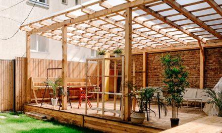 Comment construire une pergola en bois soi-même ?