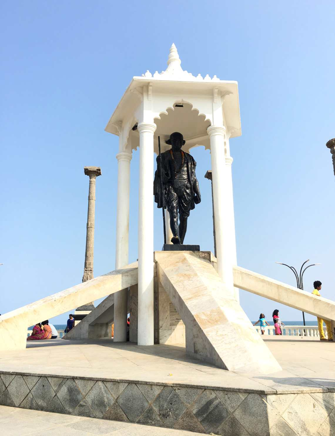 Gandhi_Statue_Pondicherry
