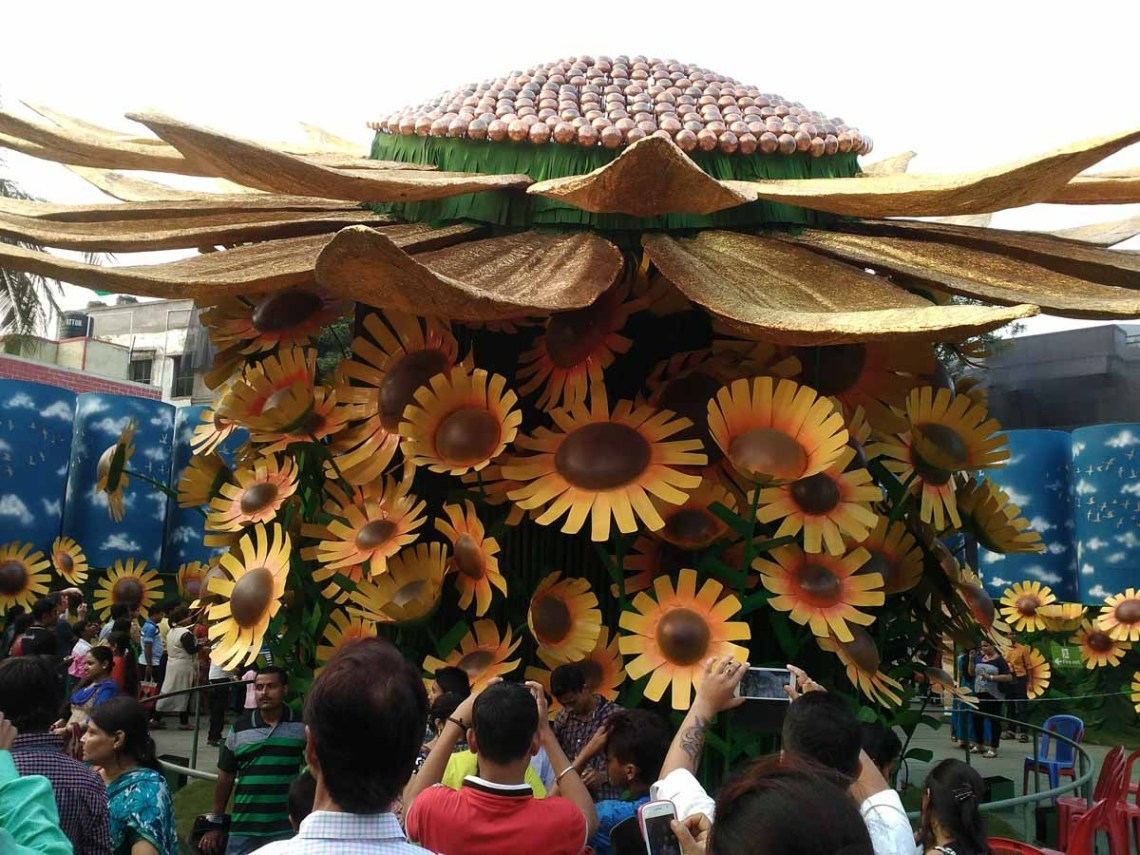 A pandal themed on Sunflowers