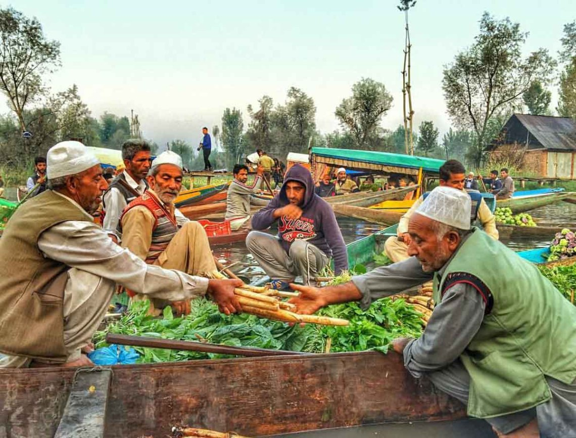 Morning vegetable floating market, Kashmir
