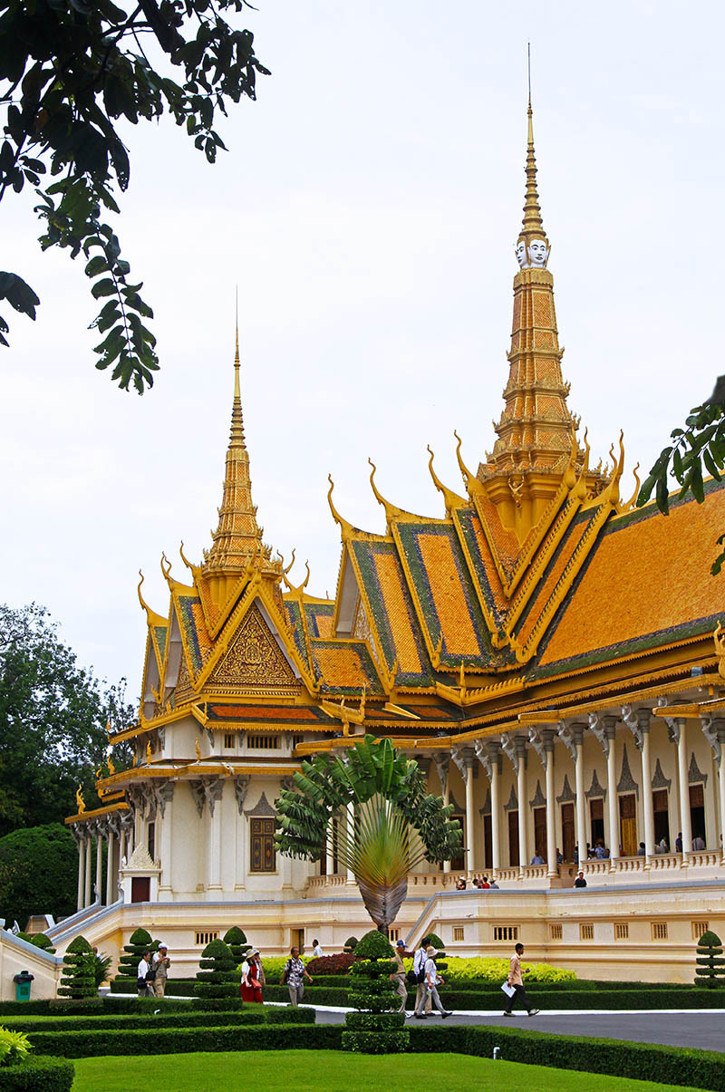 The exterior of the Royal Palace in Phnom Penh