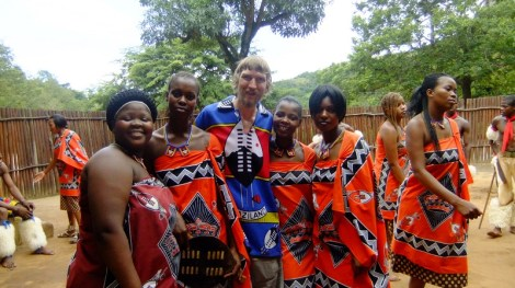 Jonny Blair and the Swazi ladies in Mantenga - Swaziland
