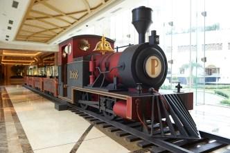 翡翠大堂附近的大火車場景