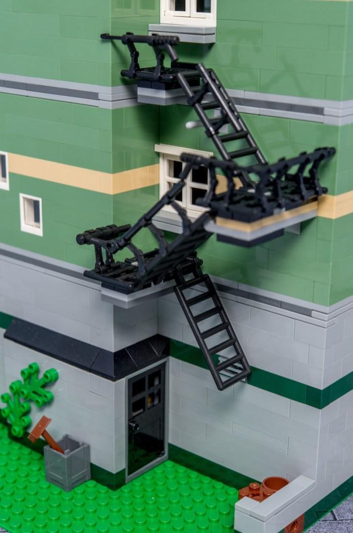Lego Modular Building_Green Grocer_2