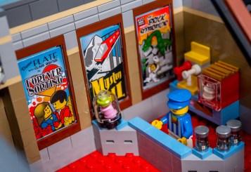 Lego Modular Building_Palace Cinema_3