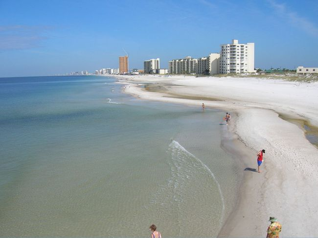 Traveling to PCB, Florida? Don't miss these 6 Panama City Beach attractions on your next trip to the Emerald Coast!