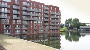 An apartment building on water, Utrecht