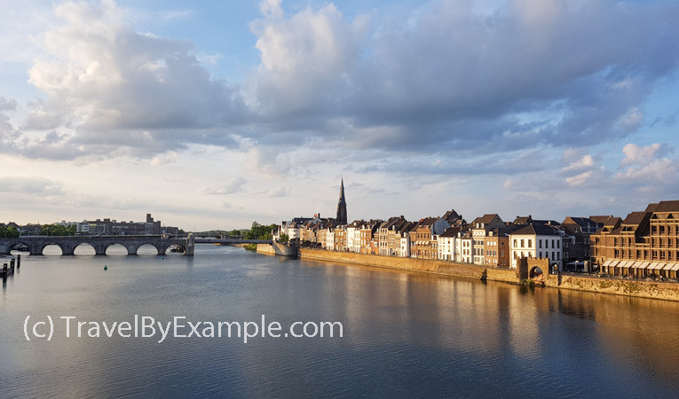 Travel by Example - Small Dutch towns you must see: Maastricht
