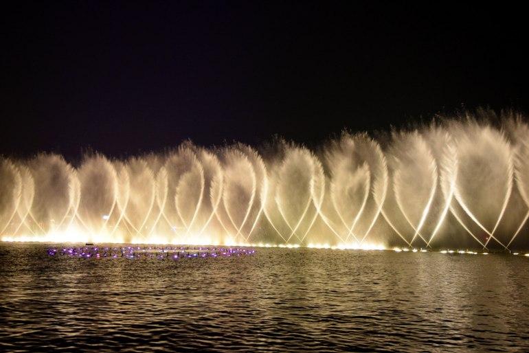 מופע המזרקות בטיילת חובין (צילום: טל ניצן)