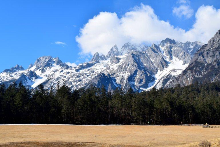 הר דרקון השלג בחורף (צילום: טל ניצן)