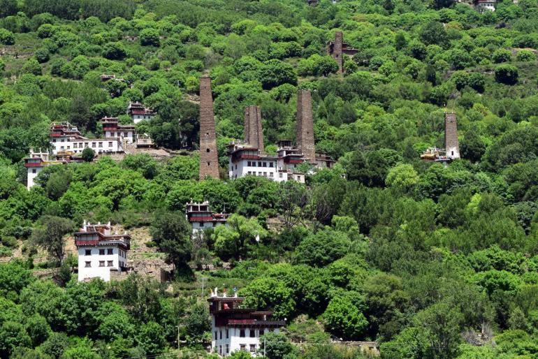 מגדלי השמירה בסואופו (צילום: טל ניצן)