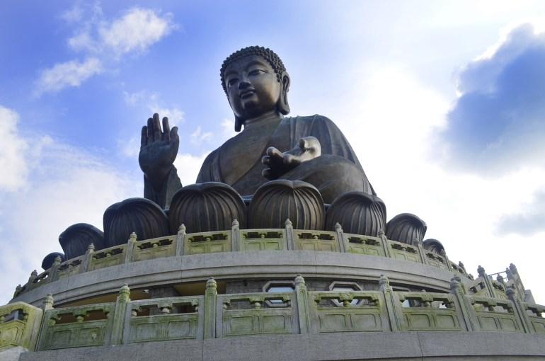 הבודהה של טיאן טאן (צילום: נוגה פייגה)