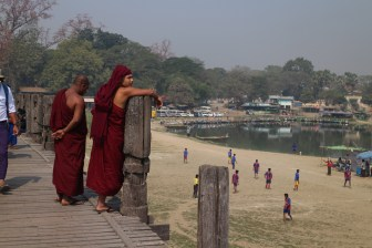 U-Bein Bridge, Mandalay