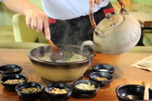 苗栗三義,擂茶,客家美食,十六份茶館