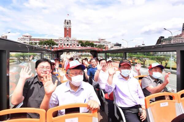 雙層觀光巴士,台北,101,阿中,林佳龍,柯文哲,柯P