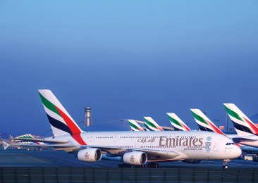 Linie Emirates zwiększają liczbę lotów do Warszawy do czterech tygodniowo